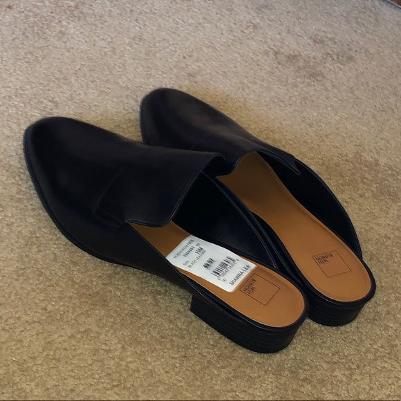 5f2994a7ea1 Brand new Nordstrom Rack mules size 10 - WITH TAGS